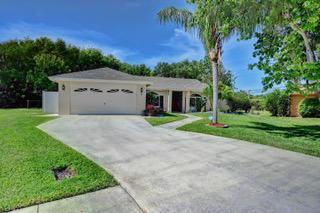 3 Oakwood Court Boynton Beach FL 33426