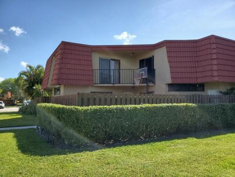 8377 Trent Court Boca Raton FL 33433