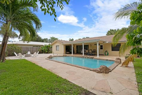 811 Nw 84th Drive Coral Springs FL 33071