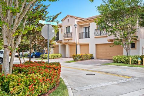 4729 Preserve Street Coconut Creek FL 33073