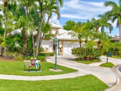 5253 Deauville Circle Boca Raton FL 33496