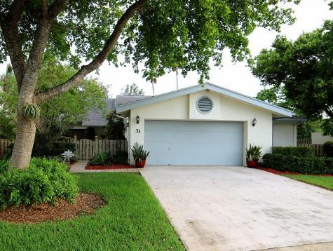 31 Baytree Circle Boynton Beach FL 33436