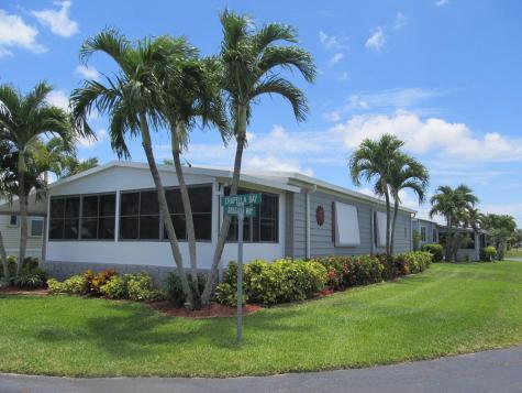 54012 Chapella Bay Boynton Beach FL 33436