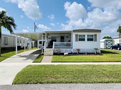 4104 Sandpine Circle Boynton Beach FL 33436