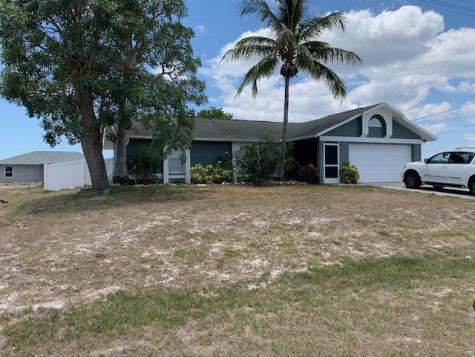 2810 Nw 2nd Place Cape Coral FL 33993