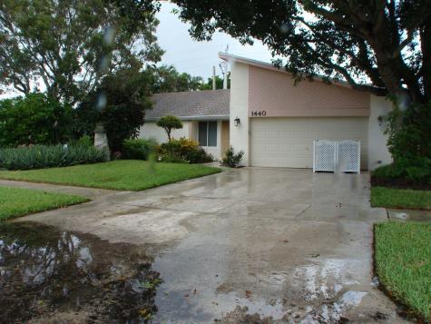 1440 Sw 24th Terrace Deerfield Beach FL 33442