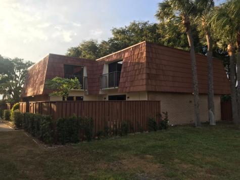 735 Buttonwood Lane Boynton Beach FL 33435