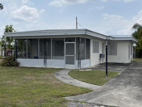 8919 Pine Street Boynton Beach FL 33436