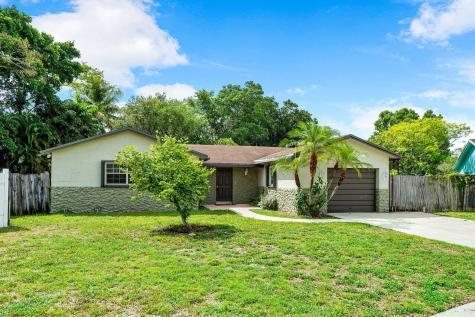 9020 Sw 4th Street Boca Raton FL 33433