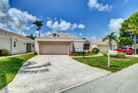 80 Sandpiper Way Boynton Beach FL 33436