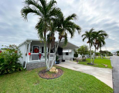8934 W Shady Lane Boynton Beach FL 33436