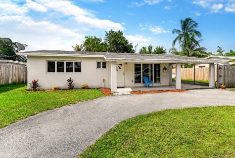 912 Se 13th Street Deerfield Beach FL 33441
