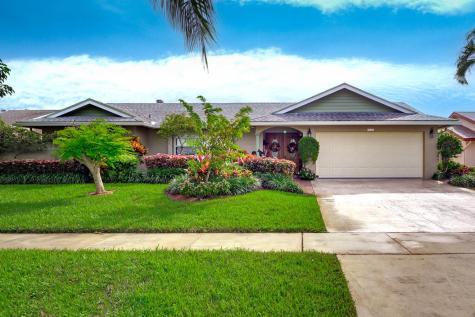 9192 Edgemont Lane Boca Raton FL 33434