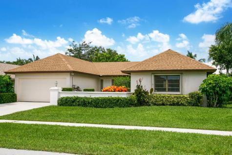 10267 Greentrail Drive Boynton Beach FL 33436