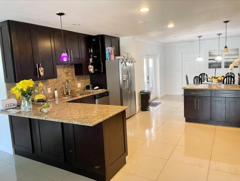 360 Sw 2nd Street Boca Raton FL 33432
