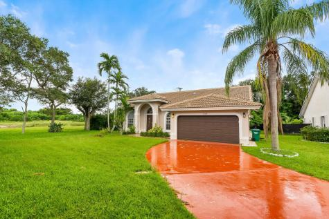 12484 Sw 1st Street Coral Springs FL 33071