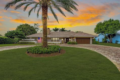 541 N Country Club Drive Atlantis FL 33462