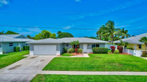 2518 Sw 12th Street Boynton Beach FL 33426