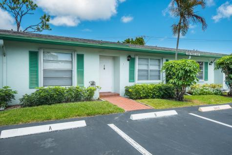5032 Privet Place Delray Beach FL 33484