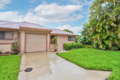 1 Farnworth Drive Boynton Beach FL 33426
