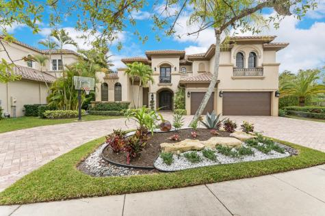 17626 Middlebrook Way Boca Raton FL 33496
