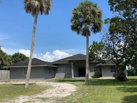 13776 Us Highway 441 Canal Point FL 33438