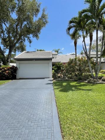 68 Cambridge Lane Boynton Beach FL 33436